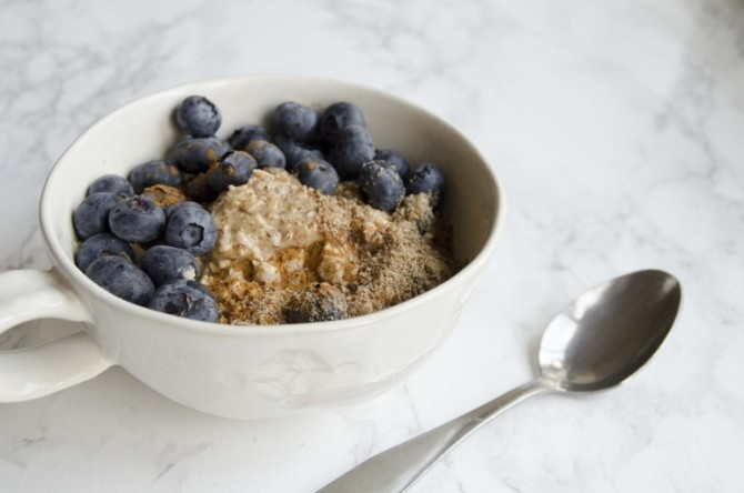 Microwave Oatmeal With Chia And Flaxseed